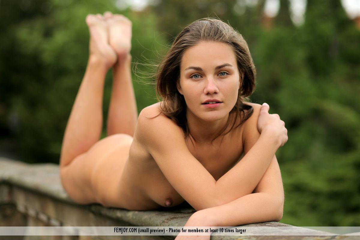 Lulu femjoy nude