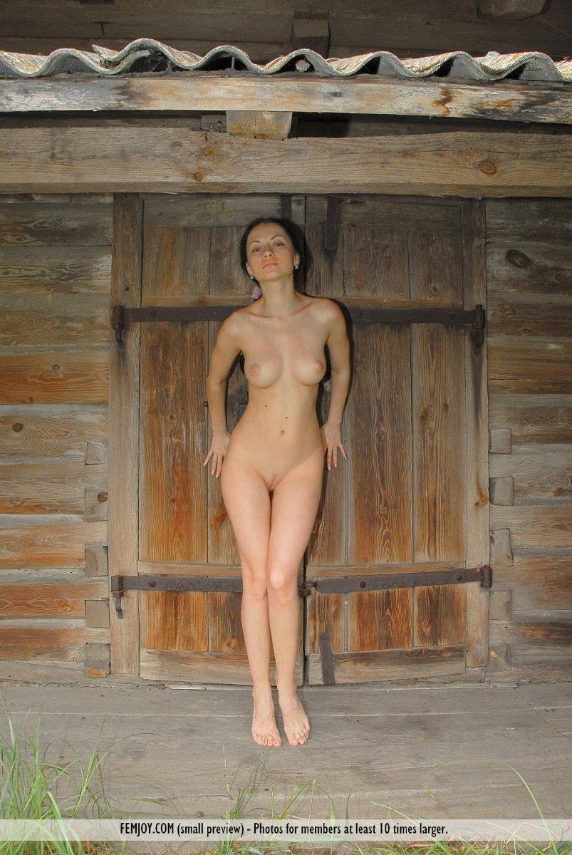 фотоальбом деревенских голых женщин истокам своего прошлого