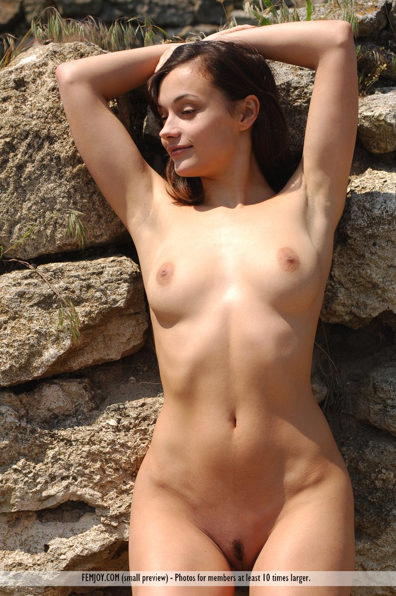 paulina nude