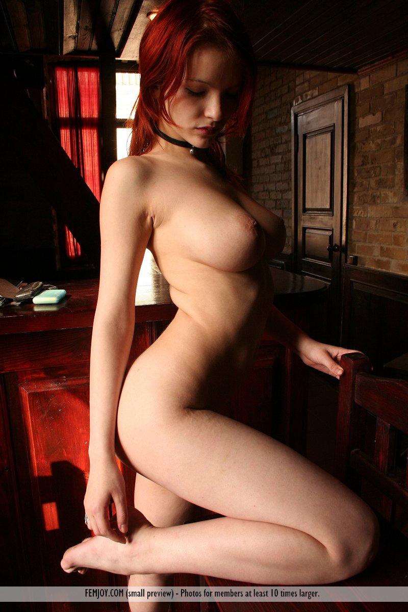Alondra Naked free femjoy gallery - myla - nude pub lunch - femjoy