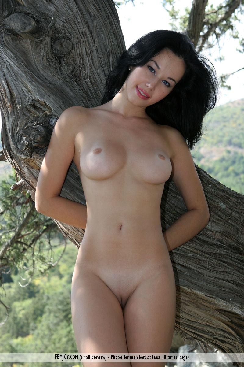 free 18 nude