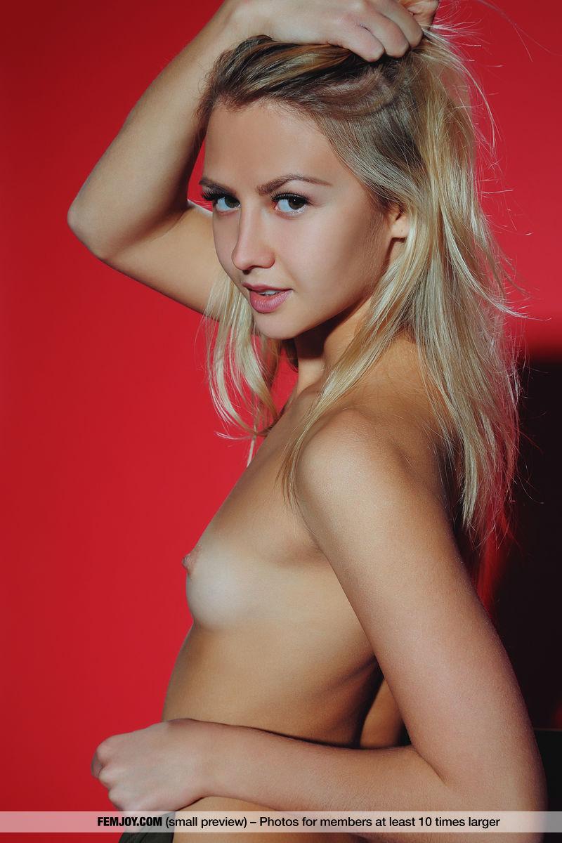 madison pettis naked