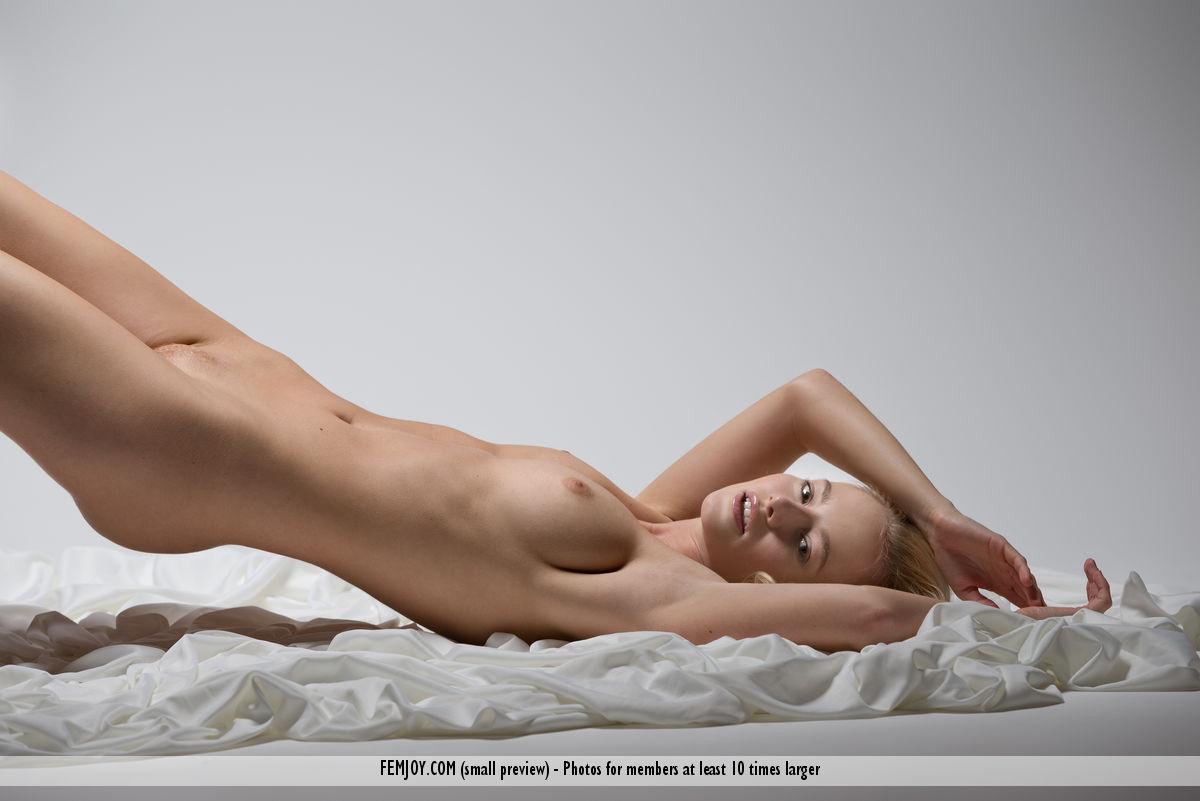 Gabby douglas celebrities naked