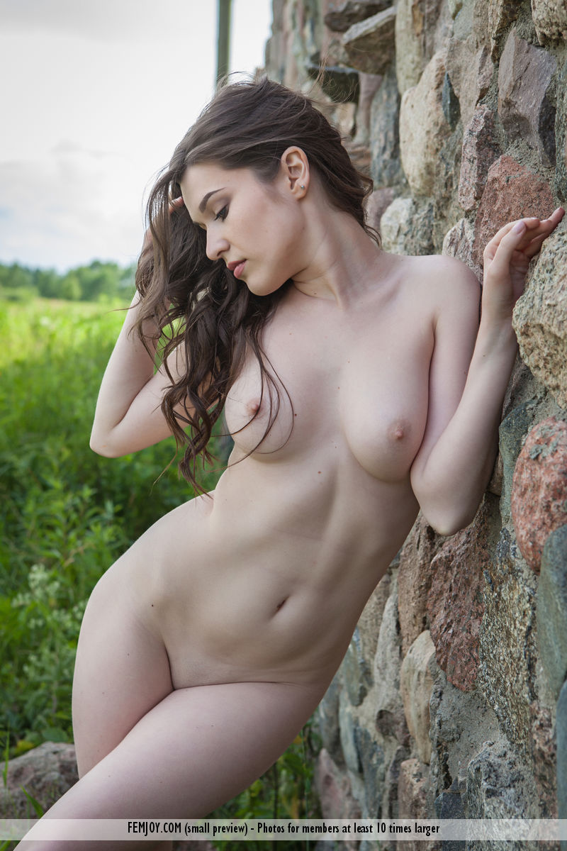 Hairy chubby naked girls